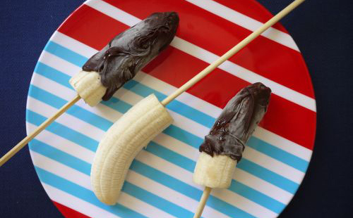 Frozen-Bananas-on-a-Stick