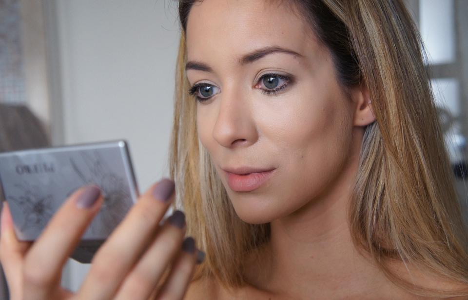 da linha de maquiagem da PHEBO são formulados especialmente para ...