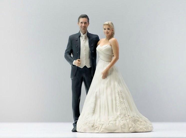 weddings-2015-02-doob-3-d-printed-figurine-bride-groom-wedding-main
